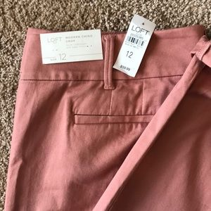 Loft outlet NWT modern crop chino size 12